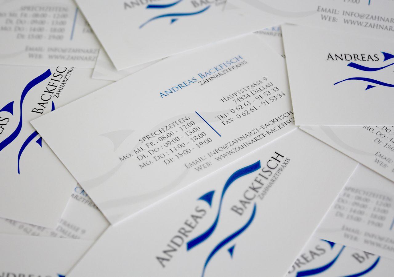 Visitenkarten der Zahnarztpraxis Andreas Backfisch